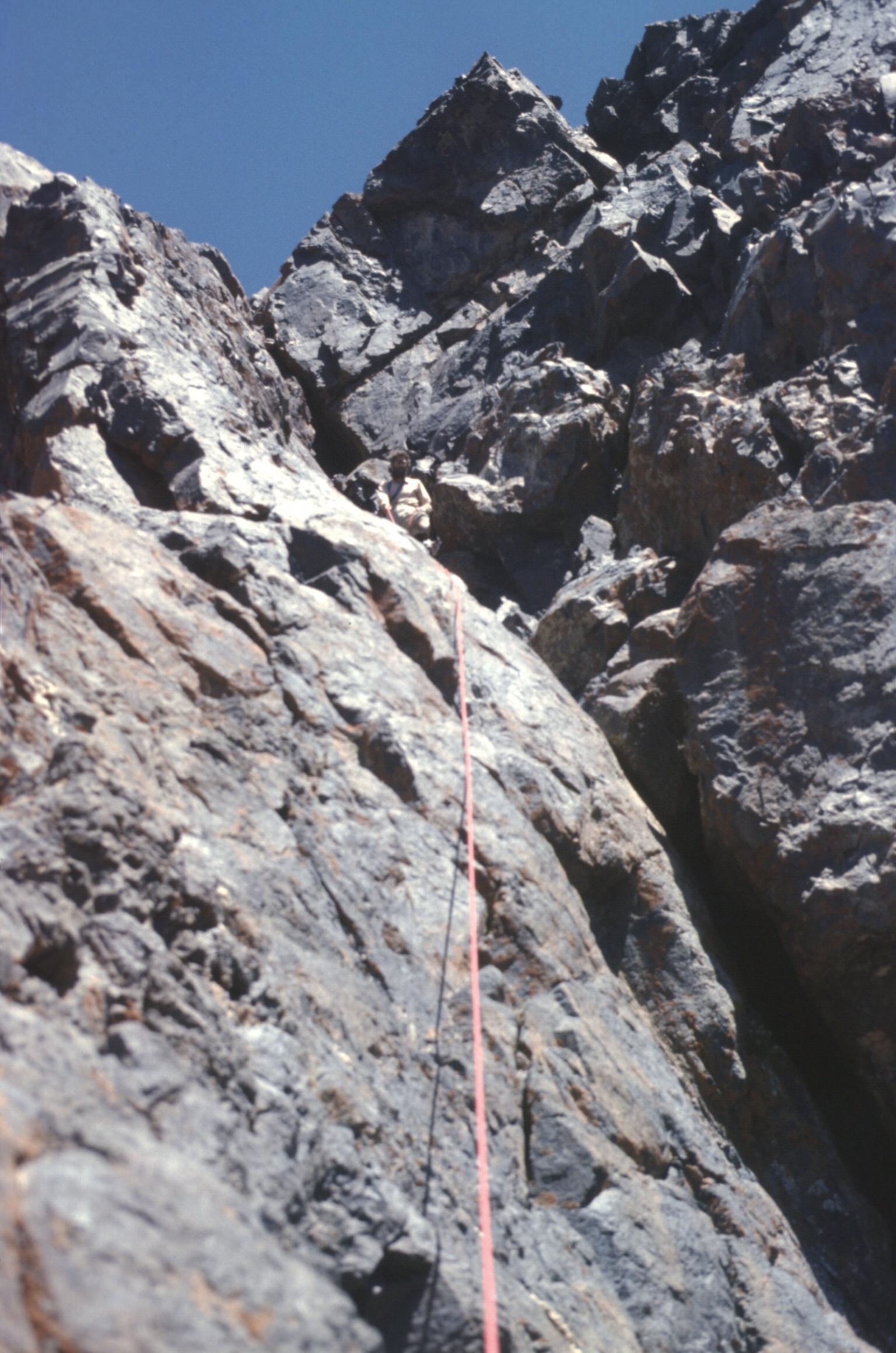 morocco h atlas toubkal w ridge rope 2