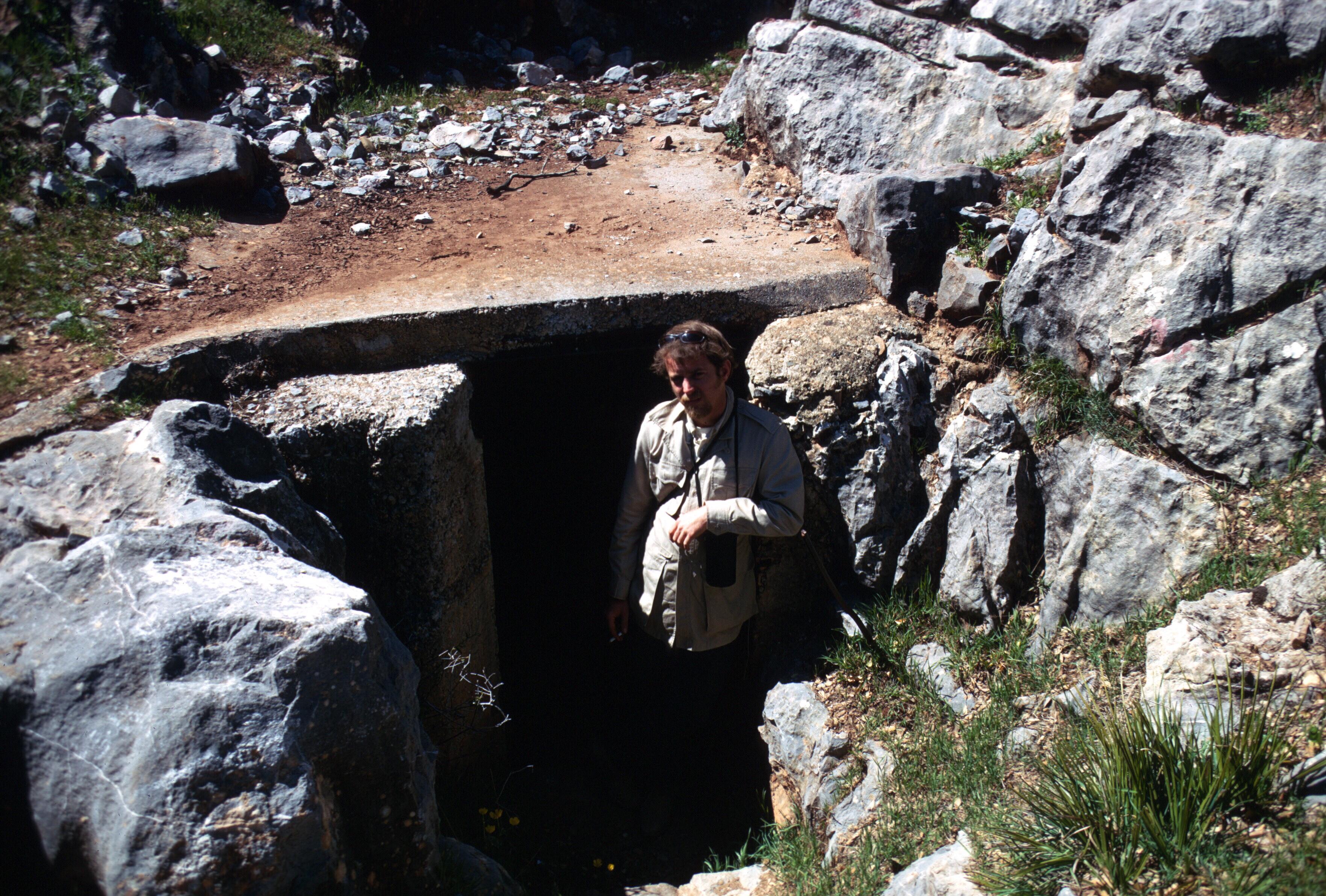 morocco taza cave