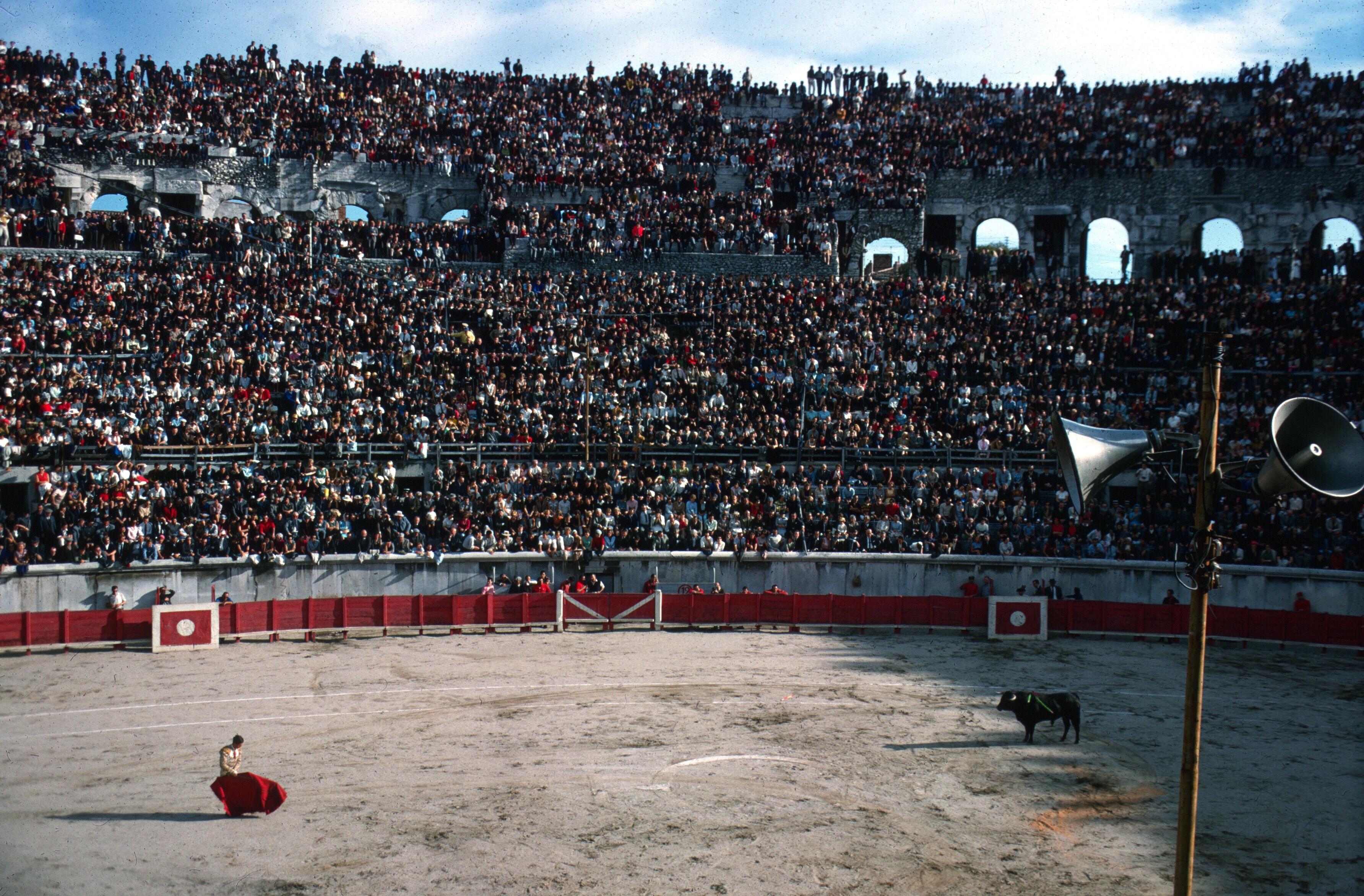 france nimes bullfight 1