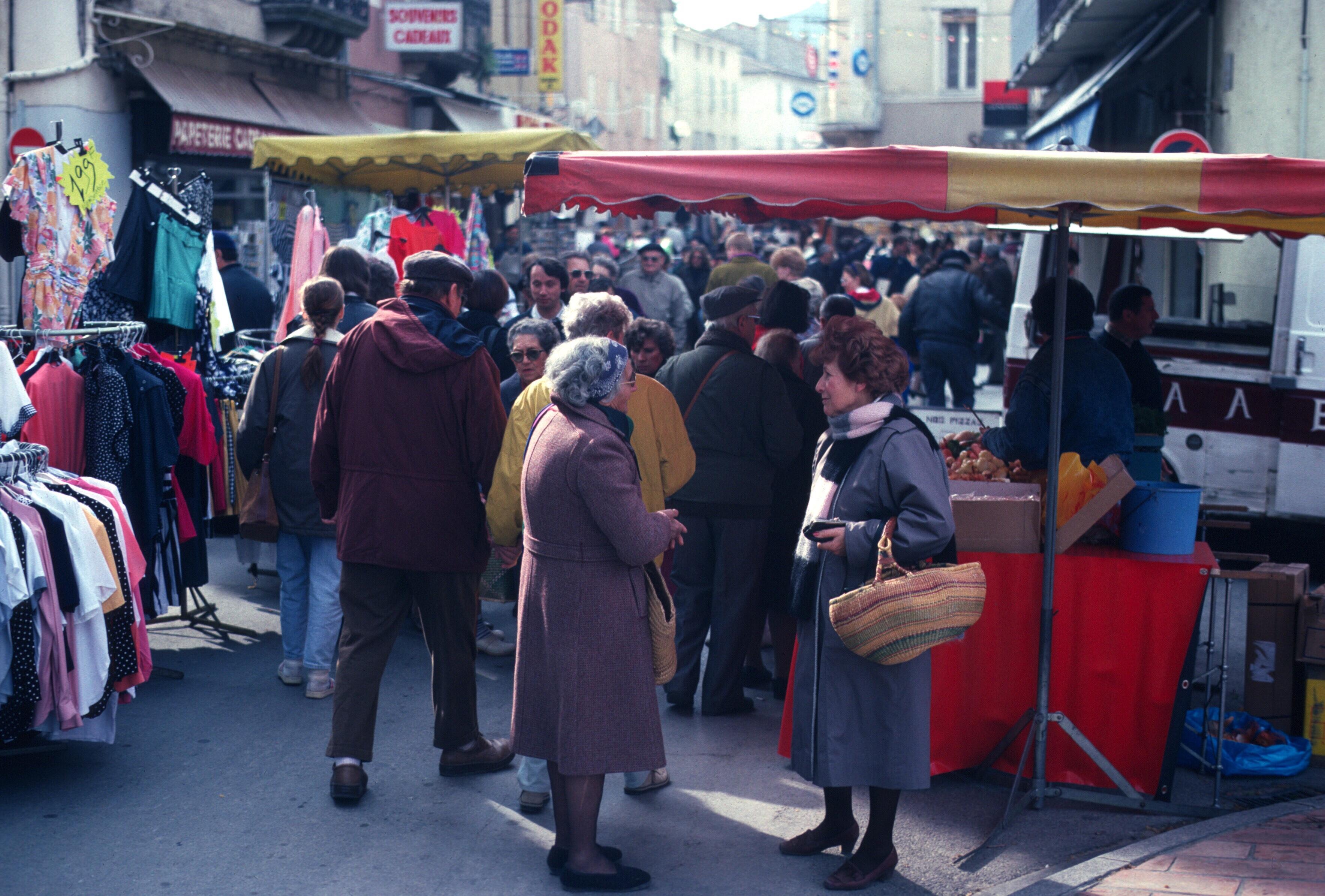 france vaison la romaine market